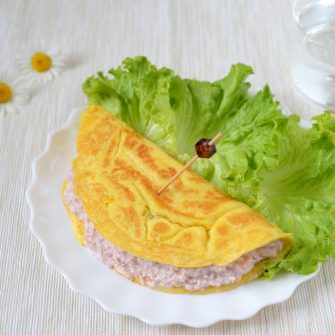 Omelette with Ricotta Osella and ham