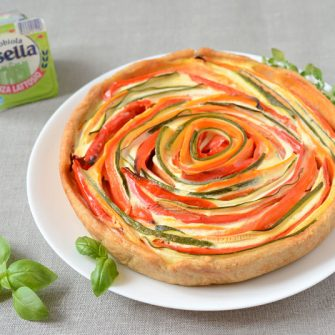 Vegetable pie with lactose-free Robiola Osella