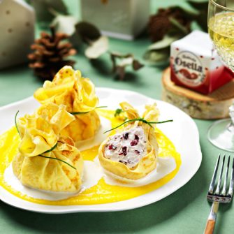 Pancake parcels with Robiola Osella with Radicchio and saffron potato cream